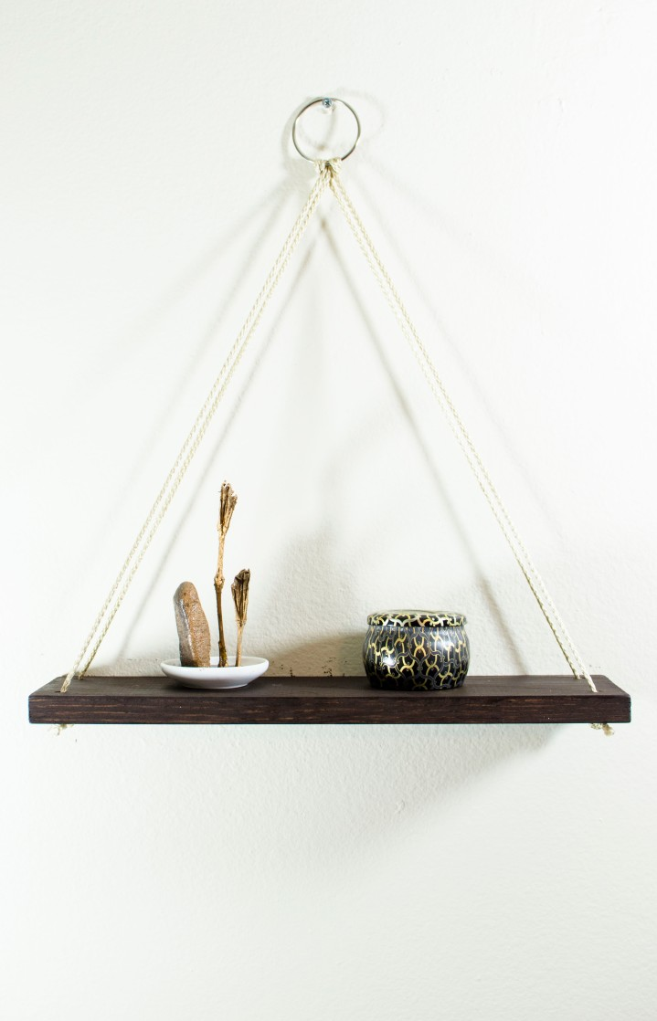 [DIY] Hanging Wooden Shelf